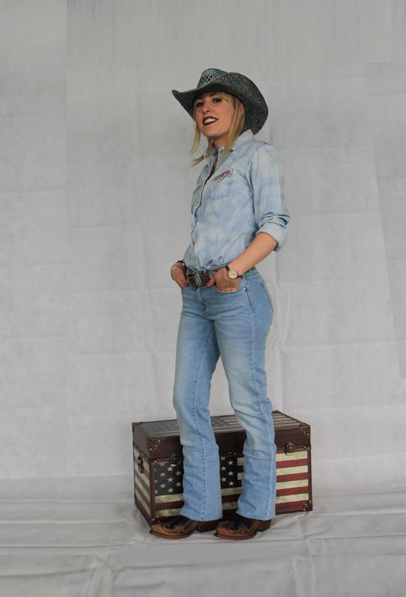 new concept 82ab1 450bb Jeans BOOTCUT elasticizzato AZZURRO